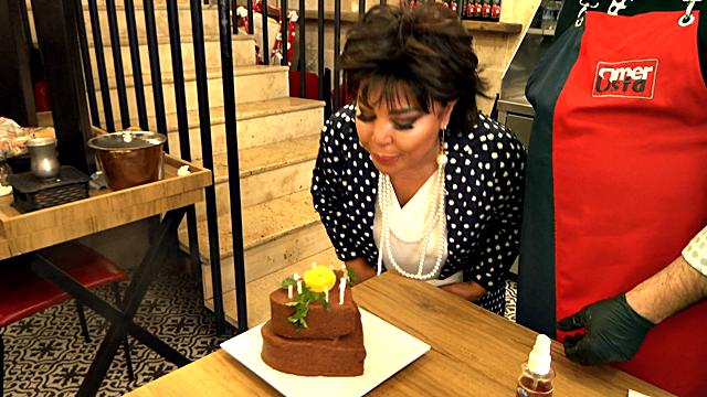 Faik Öztürk'ten Safiye Soyman'a Çiğköfteden Pasta