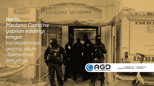 Berlin Mevlana Camisi'ne Saldırı