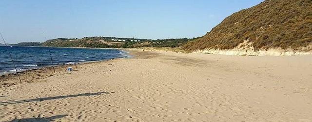 Troya Savaş Meydanı'ndan Kum Çaldılar