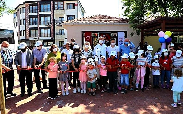 Çocuk Parklarının Açılışı Yapıldı