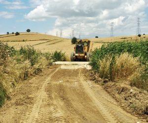 Arazi Yolları Düzenleniyor