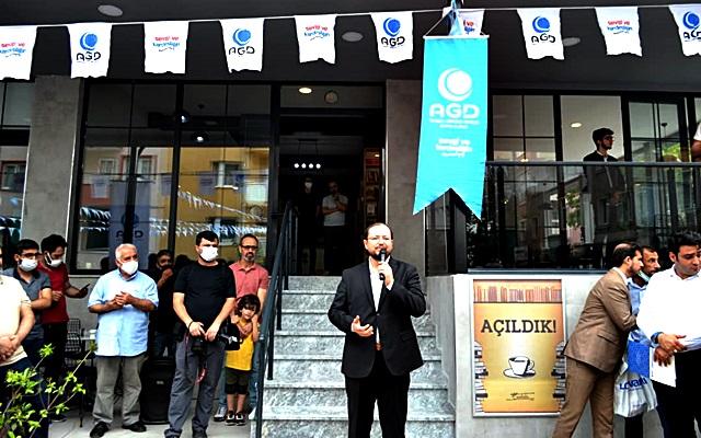 Lanlako Mekan Kitap Kafe Açıldı